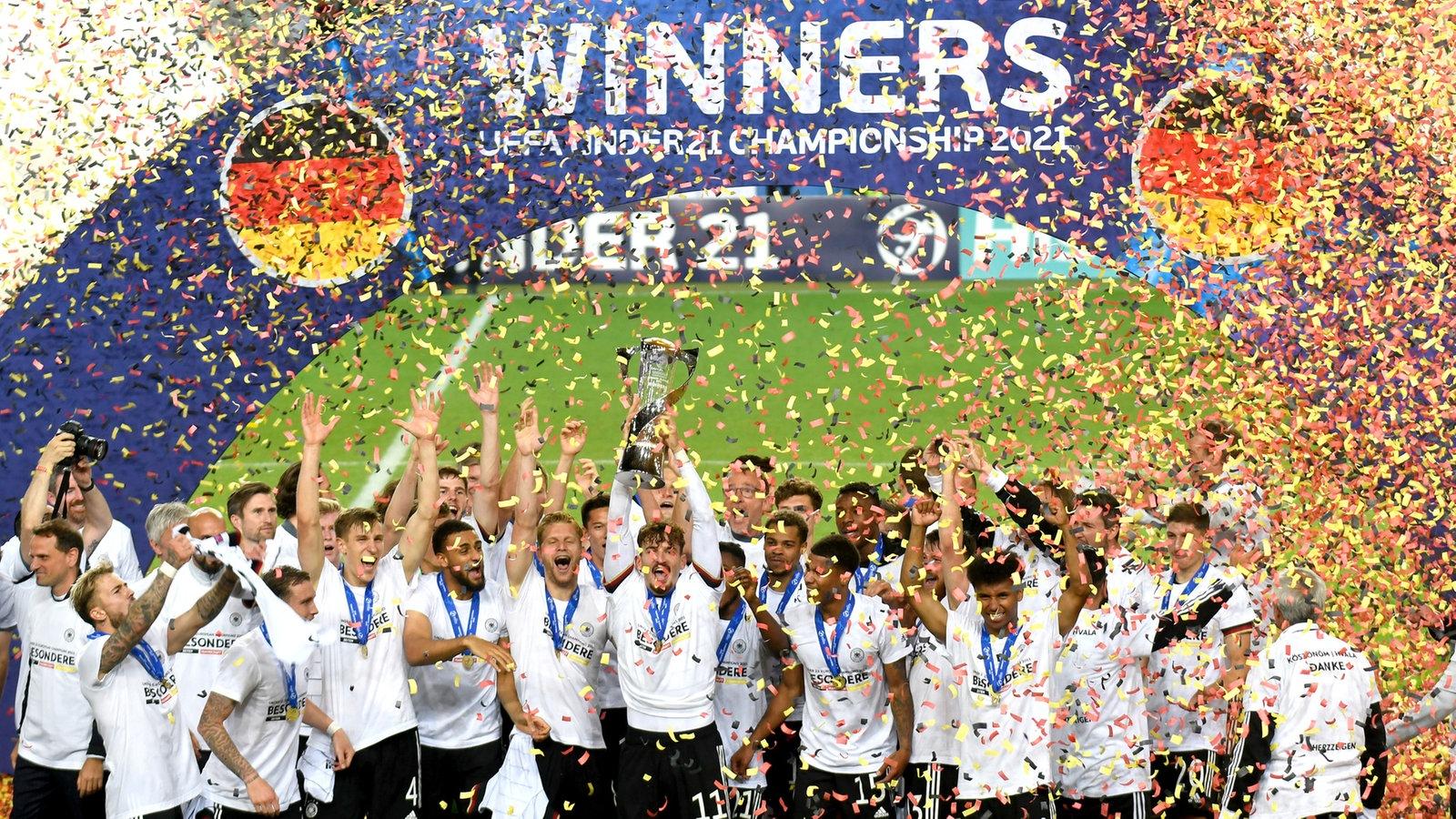 """KiRaKa – """"U21"""" یک قهرمان فوتبال اروپا است!"""